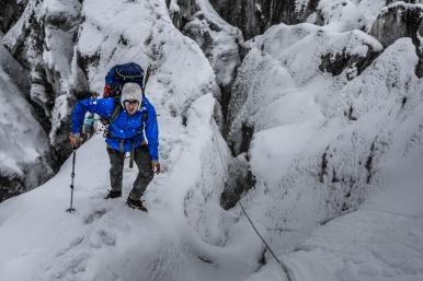 Climbing through crevasses to C1 (photo - Marcin Kin)